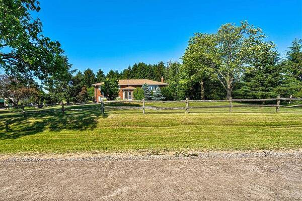 5809 Cook Rd, Westminster, Ontario