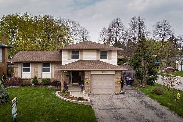15 Chateau Ct, London, Ontario