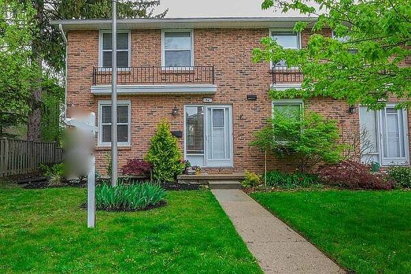 1385 Commissioners Rd West #64, London, Ontario