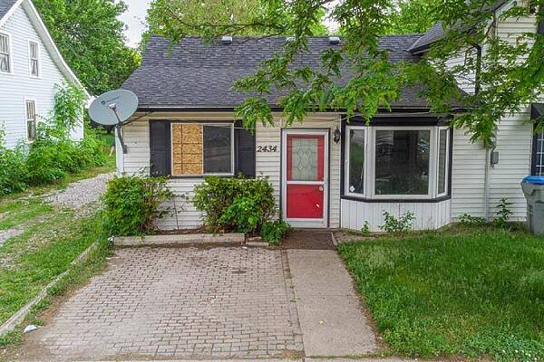 22434 Adelaide Rd, Mount Brydges, Ontario