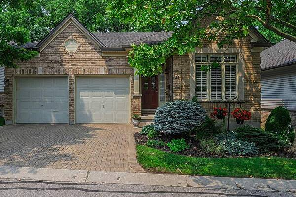 681 Commissioners Rd West #21, London, Ontario